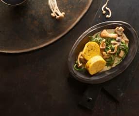 Dýňové knedlíky v ubrousku s houbovo špenátovou smetanovou omáčkou