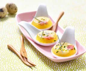 Uova di quaglia in gelatina alle erbe