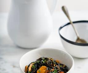 Spaghettini com mexilhão e molho arrabiata