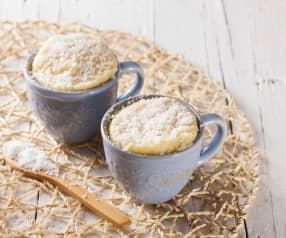 Veganský mug cake s kokosem