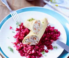 Crespelle mit Räucherlachs und Rote Bete-Apfel-Salat