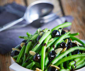 Green Beans with Balsamic Pearl Onions