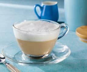 Latte montato per cappuccino