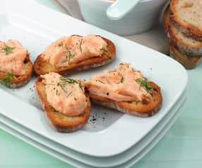 Mousse salmone e aneto