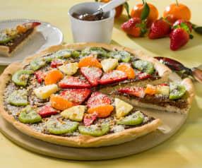 Pizza de crema de cacao y fruta