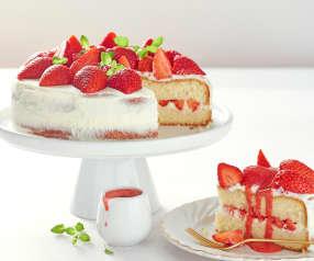 Génoise aux fraises et son coulis