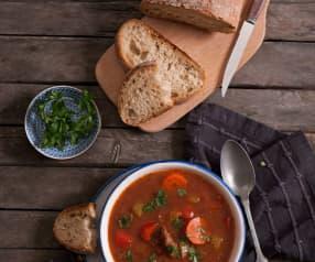 Zupa z wołowiną na ostro