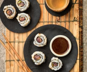 Sushi z pikantnym tuńczykiem