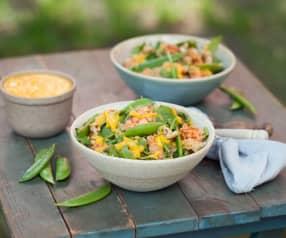 Quinoa z kurczakiem, groszkiem cukrowym i dressingiem mango