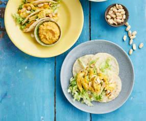 Tacos mit Huhn und Erdnusssauce
