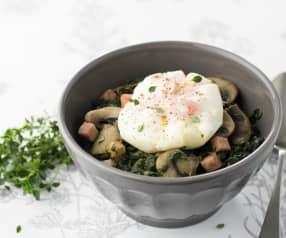 Espinafres e cogumelos com ovos escalfados