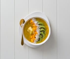 Tropical smoothie bowl