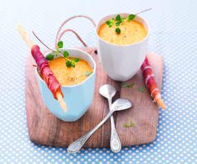 Gaspacho melon-gingembre, gressins et jambon de Parme