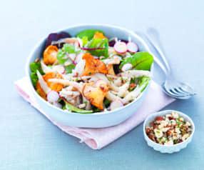 Salade tiède d'aile de raie aux radis, girolles et noisettes