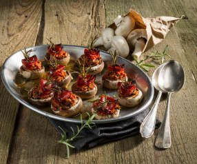 Champignons mit Chorizo gefüllt