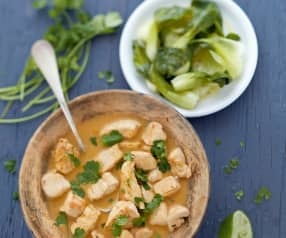 Poulet thaï, choux pak-choï à la vapeur