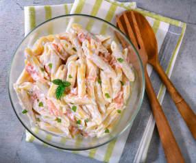 Insalata di pasta al salmone e yogurt