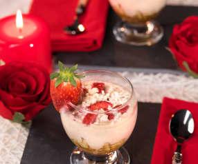 Coppa degli innamorati cioccolato bianco e fragole