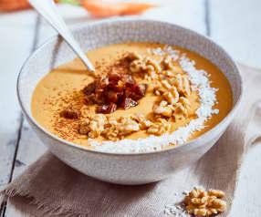 Smoothie bowl façon carrot-cake