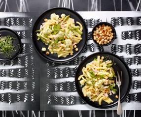 Casarecce-Salat mit Blumenkohl und Nüssen