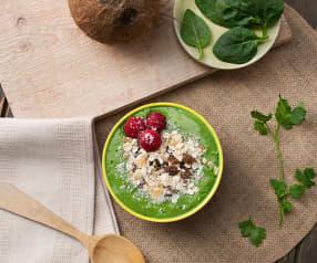 Smoothie bowl de espinacas y kiwi