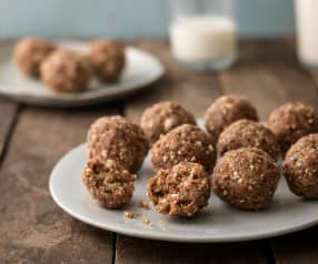Date and Pecan Protein Balls