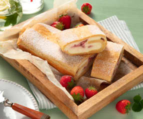 Erdbeer-Topfen-Strudel