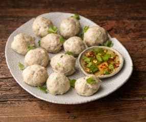 Vietnamese Meatballs with Chilli Sauce