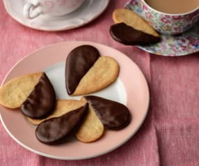 Chocolate Dipped Shortbread Hearts
