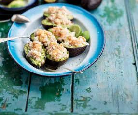 Abacate recheado com camarão e sapateira