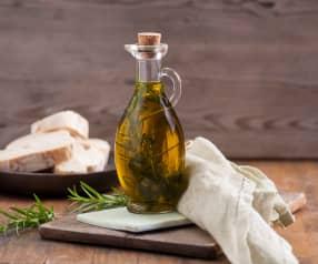 Oliwa aromatyzowana rozmarynem, szałwią i tymiankiem