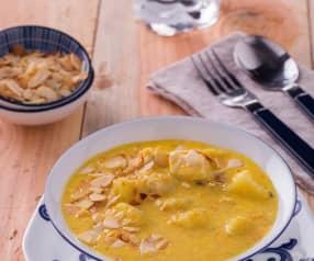 Zuppa di pollo e mandorle