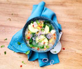 Soupe de poulet au citron vert