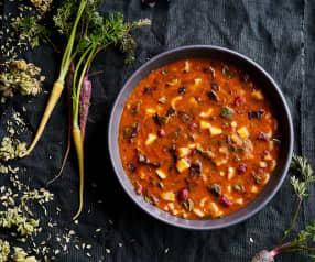 Sopa de tomate, feijão e acelgas
