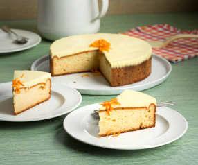 Bizcocho esponjoso con cobertura de queso y naranja (sin lactosa)