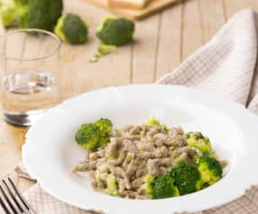 Spatzle di grano saraceno con Taleggio e broccoli