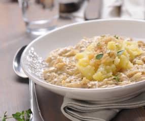 Bílá zelná polévka se šťouchanými brambory