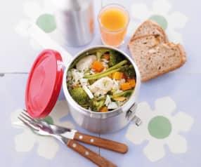 Salada de arroz com legumes e peixe