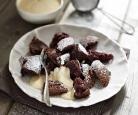 Čokoládovo-višňový trhanec z plechu