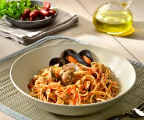 Spaghettini s omáčkou ze slávek a srdcovek