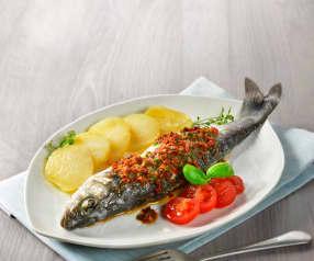 Mořský vlk s bazalkovou salsou a bramborami
