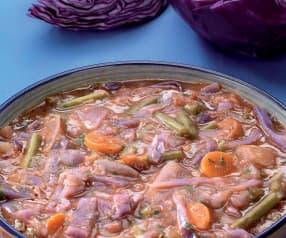 Zuppa di fagiolini e cavolo rosso