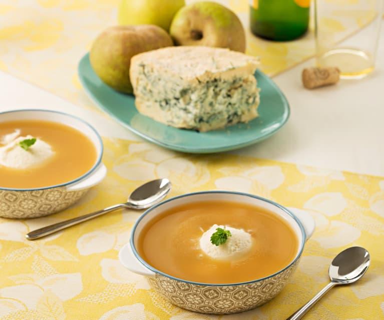 Helado de queso de cabrales con sopa de manzana