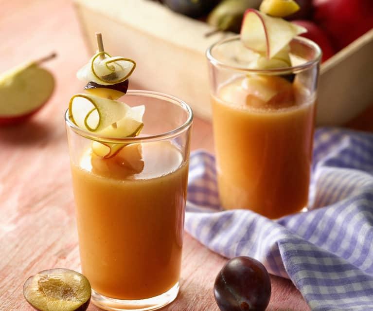 Fruchtsaft mit Herbstobst