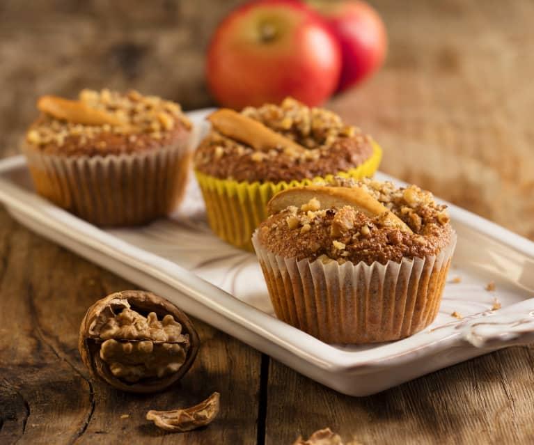 Muffinki śniadaniowe z jabłkami i orzechami