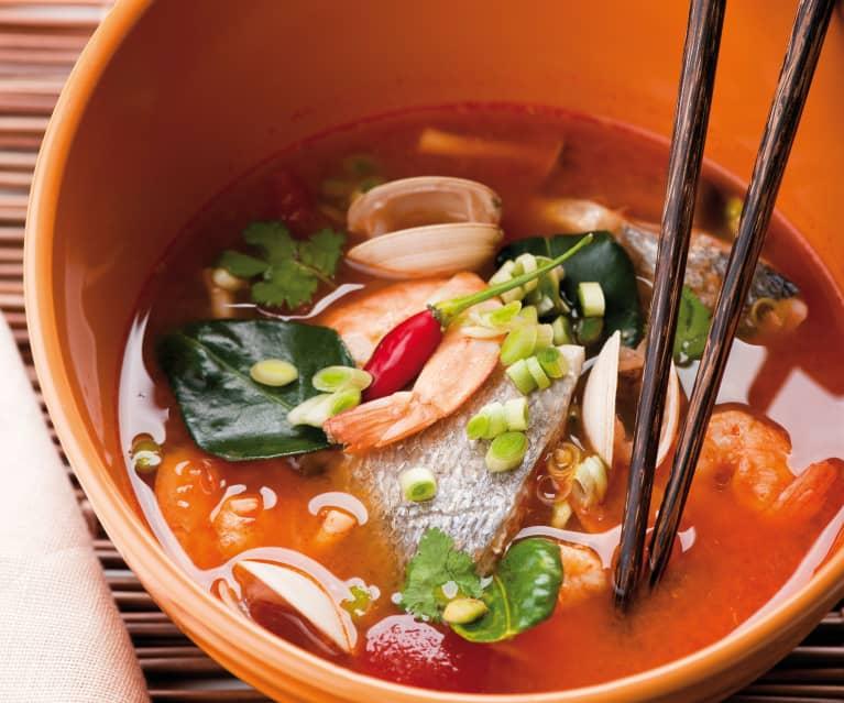 Ricetta Zuppa Thai Con Gamberi.Zuppa Thai Piccante Di Pesce Cookidoo The Official Thermomix Recipe Platform