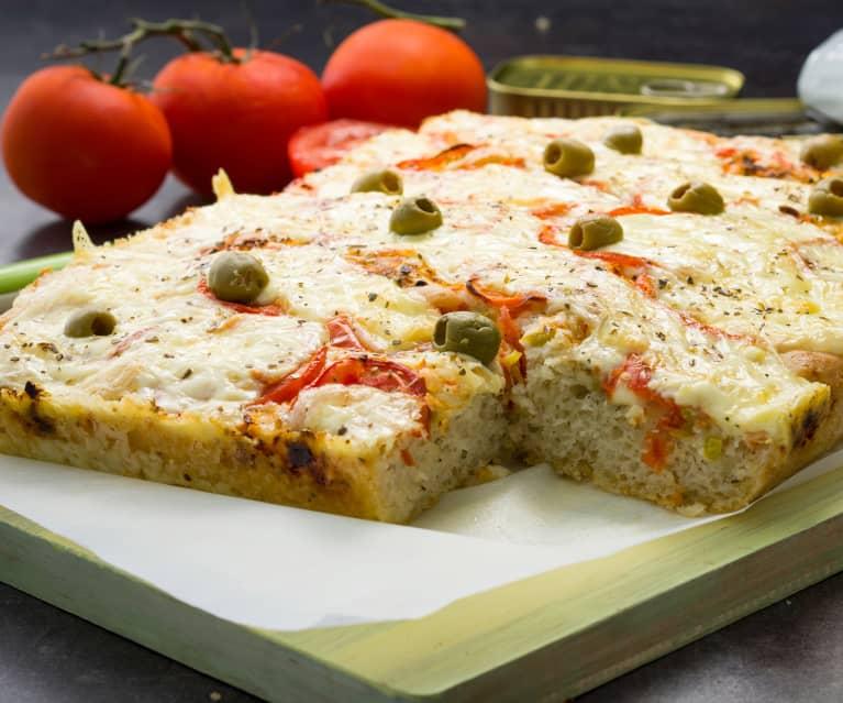 Pizza gorda con masa crujiente