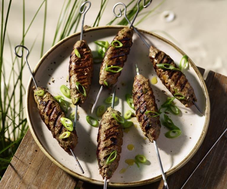 Kebab aus Rindfleisch mit Feta