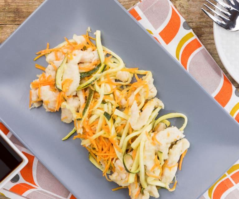 Straccetti di tacchino al limone con julienne di verdure