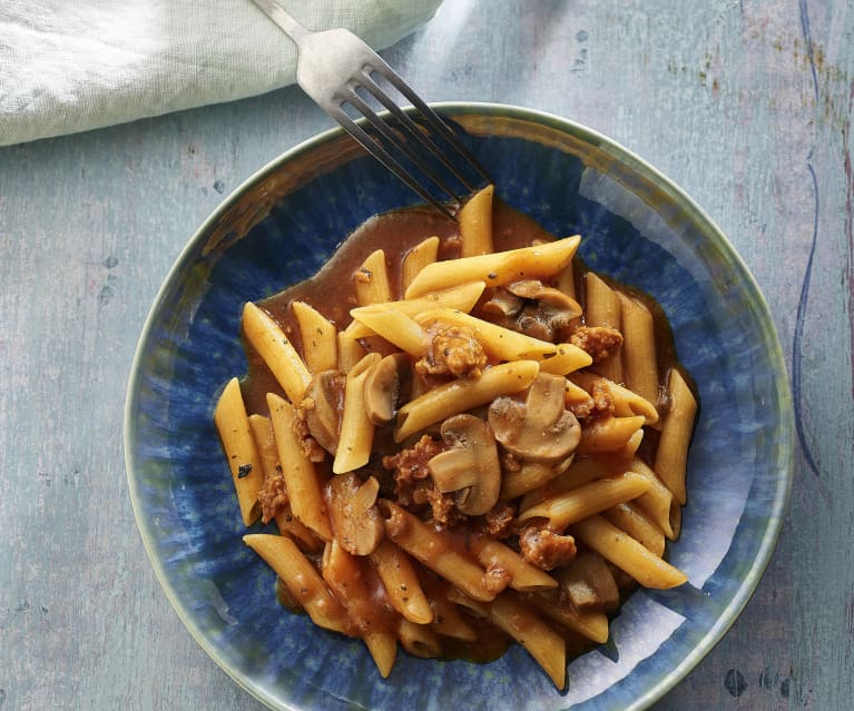 Pasta in Tomato Sauce with Chorizo